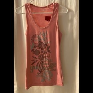 New Guess  Persian Pink  Graphic tee Tank Top  M
